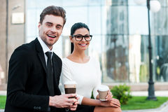 Наслаждаться перерывом на чашку кофе Стоковое Изображение RF