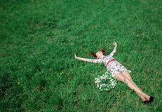 наслаждаться природой девушки Стоковая Фотография RF
