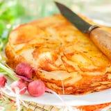 Наслоенная картошка печет стоковые фото