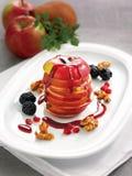Наслоенные куски яблока и груши стоковая фотография rf