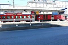 Натренируйте в городке Briga в Швейцарии Стоковое Изображение RF