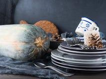 Натюрморт обедающего благодарения с tableware и столовым прибором Стоковое Изображение