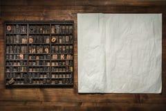 Натюрморт печати с литерностью стоковые изображения