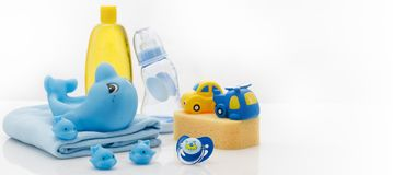 Натюрморт предметов первой необходимости гигиены младенца стоковые изображения