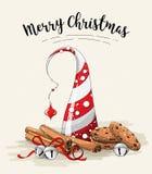 Натюрморт рождества, коричневые печенья, абстрактная рождественская елка, ручки циннамона и колоколы звона на белой предпосылке иллюстрация штока