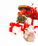 Натюрморт рождества устраиваясь удобно в свежем снежке Стоковые Фото