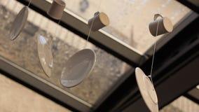 Натюрморт с плитами сток-видео