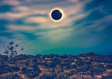 Научное естественное явление Полное солнечное затмение с влиянием кольца с бриллиантом Стоковые Фото
