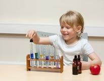 научный работник ребенка Стоковая Фотография RF
