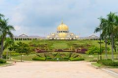 Национальный дворец (Istana Negara) в Куалае-Лумпур Malasia стоковые фото