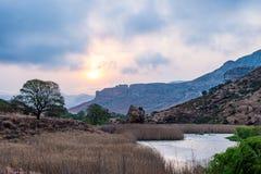 Национальный парк гористых местностей золотого строба, драматическое небо, облака шторма и лучи солнца накаляя над долинами, кань Стоковые Изображения RF