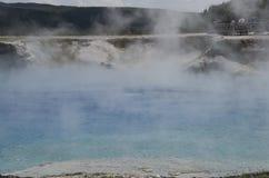Национальный парк Йеллоустона кратера гейзера эксцельсиора Стоковое Изображение