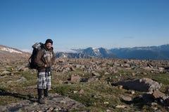Национальный парк скалистых гор, hiker стоковые изображения rf
