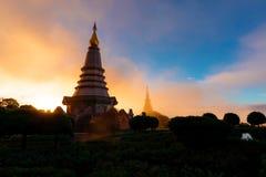 Национальный парк Doi Inthanon в Таиланде Восход солнца на известном Pagode Daytrip от Чиангмая стоковое изображение