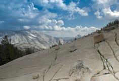 национальный парк yosemite купола половинный Стоковое Изображение