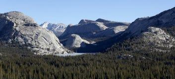 национальный парк yosemite насыпей гранита Стоковые Изображения RF