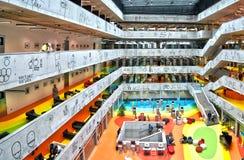 Национальная библиотека технологии Праги, NTK Праги, интерьеров Стоковое Изображение RF