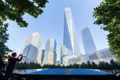 Национальный мемориал 11-ое сентября в более низком Манхаттане, Нью-Йорке Стоковая Фотография RF
