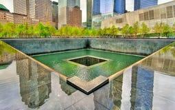 Национальный мемориал 11-ое сентября чествуя теракты на всемирном торговом центре в Нью-Йорке, США Стоковые Изображения