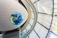 Национальный музей вытекая вытекая науки и нововведения в Odaiba, токио Стоковое Фото