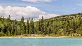 Национальный парк Альберта яшмы озера Патриция горы пирамиды, Канада стоковые изображения
