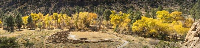 Национальный парк Bandalier красивой осени панорамный около Санта-Фе Стоковые Фото