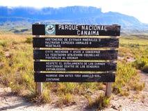 Национальный парк Canaima указателя Венесуэла Стоковые Фотографии RF