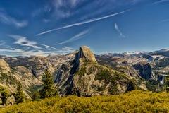 национальный парк yosemite купола половинный Стоковые Изображения