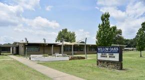 Начальная школа школы дубов вербы, Мемфис, TN стоковая фотография