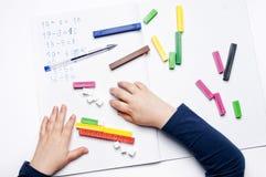 Начальная школа: арифметические тренировки Стоковое фото RF