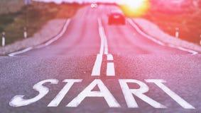 Начните новый путь справедливо здесь Выбранный фокус тонизировано Стоковое Изображение