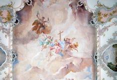 Наша дама скорб с ангелами и Святыми стоковая фотография rf