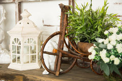 На лампе деревянной доски Стоковая Фотография