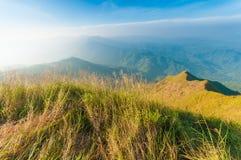 На верхней части горы Chang Puak, Kanchanaburi, Таиланд Стоковое Изображение