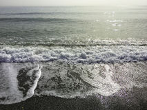 над взглядом берега моря стоковые фото
