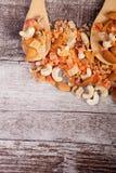 Над взгляд сверху здорового разного вида гаек и помадки Стоковая Фотография RF