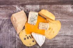 Над взгляд сверху разного вида сыра Стоковые Фотографии RF
