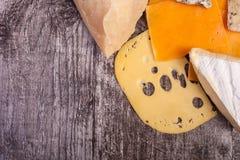 Над взгляд сверху разного вида сыра Стоковые Фото