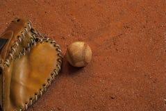 На винтажном бейсбольном матче Стоковая Фотография