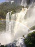 над водопадом радуги Стоковая Фотография