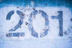 2 0 1 на голубой стене, 200 и одно Стоковые Изображения