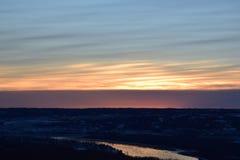 над городком захода солнца Стоковые Фотографии RF