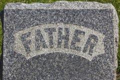 Надгробный камень отца Стоковые Фотографии RF