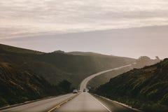 На дороге от Сан-Франциско идя к Santa Cruz, Калифорния, США Стоковое Изображение