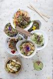 Надземная съемка различных ед на Tiered сервере плиты Стоковое Изображение
