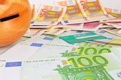 Наличные деньги, денежный ящик и карточки Стоковые Изображения