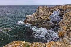 На каменных скалах дуги Стоковое Изображение RF