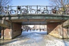 На каналах от Амстердам в Нидерландах Стоковая Фотография