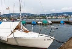 На набережной яхт стоковое изображение rf