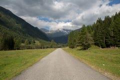 На дороге в Австрии Стоковые Изображения RF